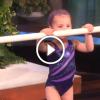 3 éves tornász kislány megmutatja mit tud – Szó nélkül maradsz ha meglátod mit csinál :O